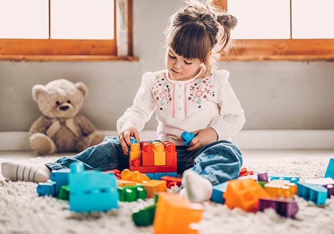 Selección de juguetes para niños en la era digital - Artículos - IntraMed